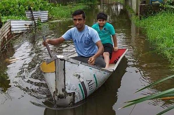 জলমগ্ন কলকাতা থেকে জেলা, আগামী সপ্তাহেও ভারী বৃষ্টির শঙ্কা