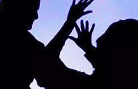 জন্মদিনের পার্টিতে রেঁস্তোরায় তরুণীকে শ্লীলতাহানির চেষ্টা, ধৃত ৩