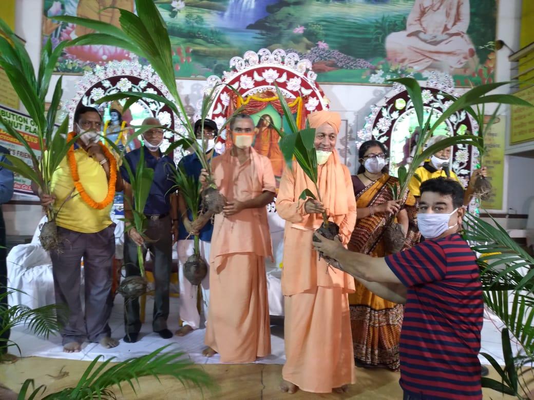 সুন্দরবনে লক্ষাধিক নারকেল গাছ রোপণ ভারত সেবাশ্রম সংঘের