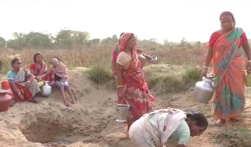 ভোট আসে-যায়, নেতারা প্রতিশ্রুিত দিলেও আজও জপমালিবাসীদের ভরসা দামোদরের জলই