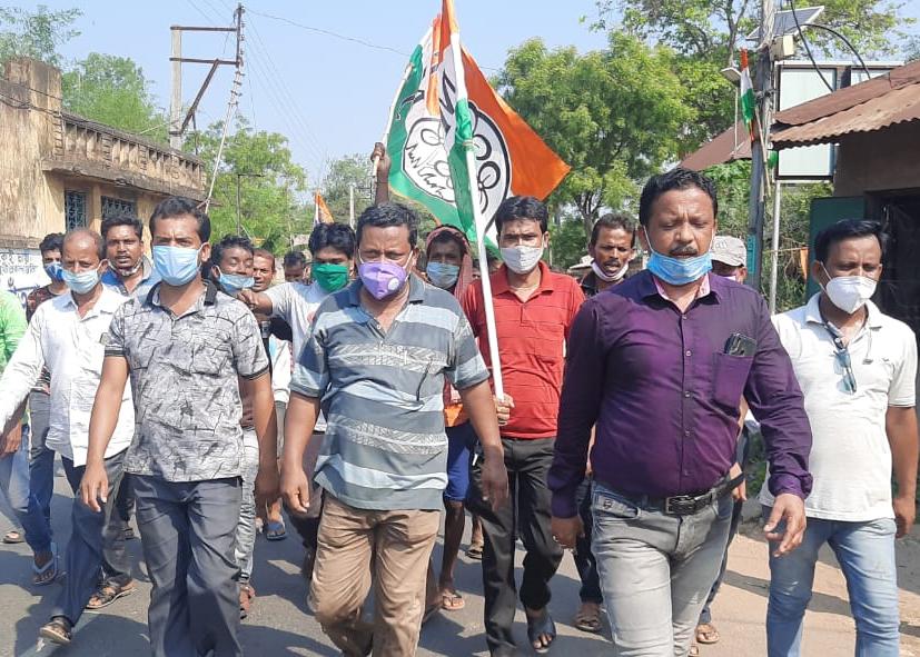 নারদা মামলায় রাজ্য সরকারের শীর্ষ নেতাদের গ্রেফতারের প্রতিবাদে আন্দোলন অব্যাহত